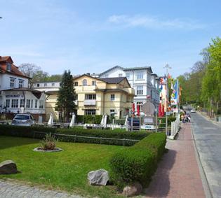 Heringsdorf Straße nahe des Strandes mit Hotelunterkünften